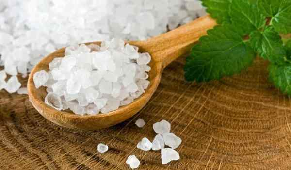 Plot on the salt - the most popular rites