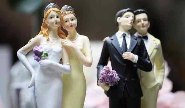 Same-sex spell for gay men