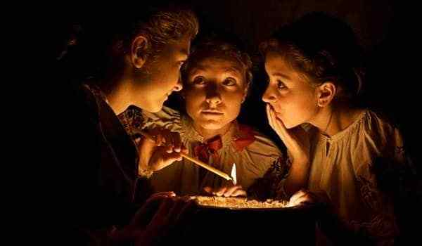 Fortune telling at Christmas time or Christmas divination