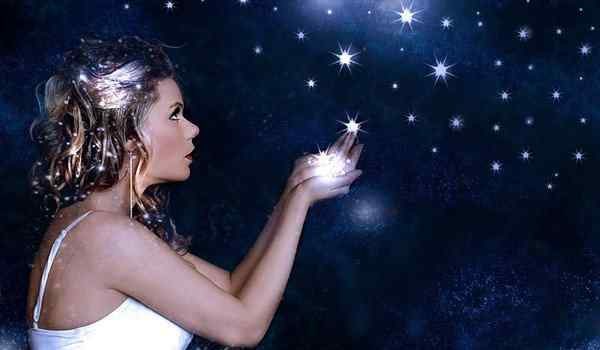Love spell in the new moon will strengthen the love relationship