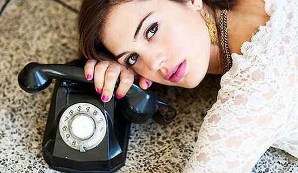 Как домашних условиях читать приворот, чтобы позвонил любимый