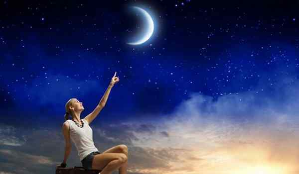 Conspiracies on the new moon will attract good luck