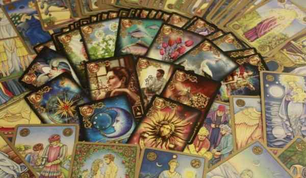 Tarot divination for relationships and love