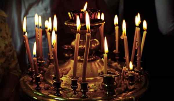 Виды молитв: молитва посвящения, упования, хвалы и поклонения, благодарения, молитва в Духе, молитва согласия, прошения, общая, ожидания