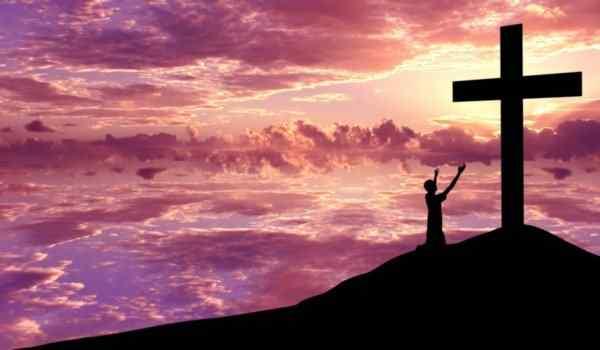 """Молитва Животворящему кресту """"Да воскреснет Бог"""": от порчи, для исцеления, текст на русском языке, слушать, скачать"""