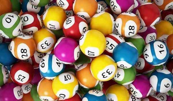 Молитва на выигрыш в лотерею: крупной суммы, к Николаю Чудотворцу, к Ванге, отзывы и последствия