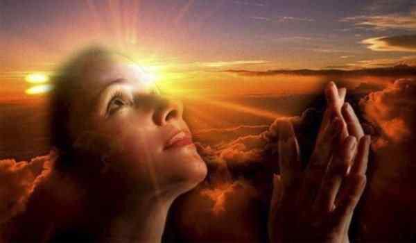 Молитва на работу: на удачу в собеседовании, чтобы взяли на работу, от злого начальника и завистников, от неприятностей, о благополучии в работе