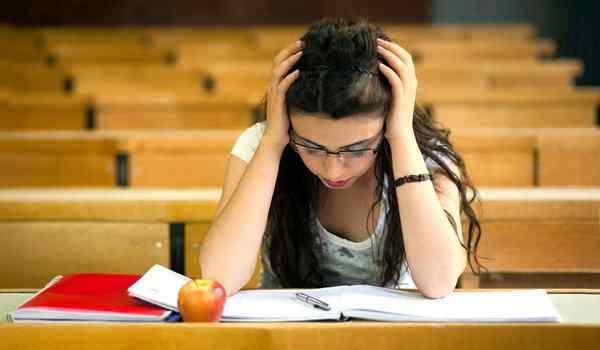 Молитва на сдачу экзамена: матери за ребенка, студентам в университете, в гаи, на хорошую оценку