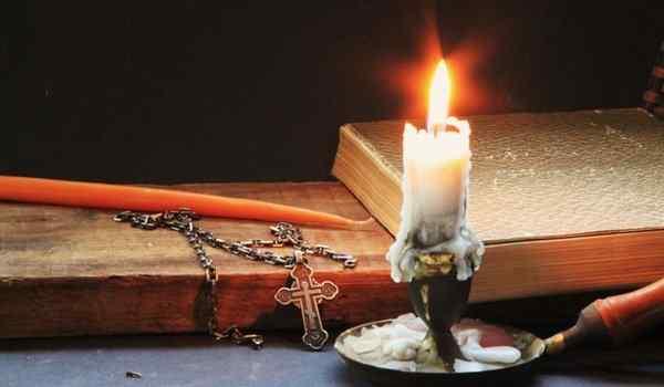 Молитва Пантелеймону целителя: в здравии о исцеления, в выздоровлении больного, текст молитвы, слушать