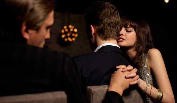 Dream interpretation, what dream of betrayal: a boyfriend, a husband, a wife, a girl, own treason in a dream