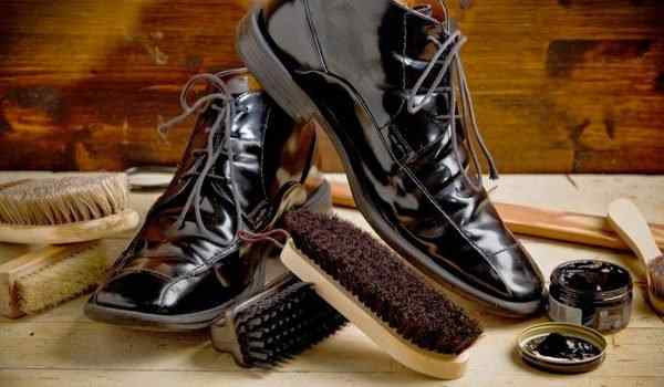 Dream interpretation, what dreams shoes: new, dirty, measure shoes in a dream