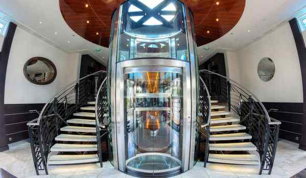 Dream interpretation, what dreams elevator: go, get stuck, fall in an elevator in a dream