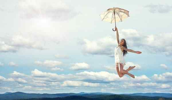 Why dream of flying: on a plane, on a helicopter, flying a woman in a dream