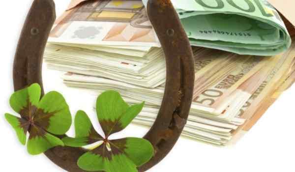Сильные молитвы на деньги и удачу