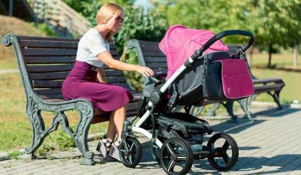 Снится детская коляска